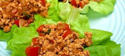 Cum se prepara aperitivele pe frunze de salata verde