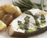 Grilled_halibut_with_green_sauce