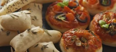 how_to_make_mini_pizzas_and_canapes
