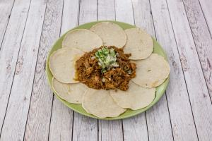 20567_PicodeGalloRestauranteMexicano_food_CarnitasParaDos-min 20567_PicodeGalloRestauranteMexicano_food_CarnitasParaDos-min