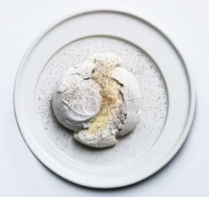 cosme-husk-meringue-620x582