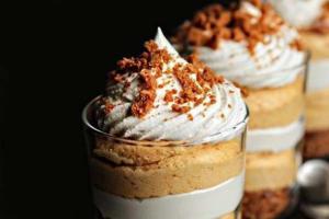 2012-10-01_correale_dessert-pumpkin-pie-biscoff-parfait-2