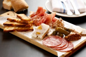 NYEE Charcuterie Masters Charcuterie-Board_sm