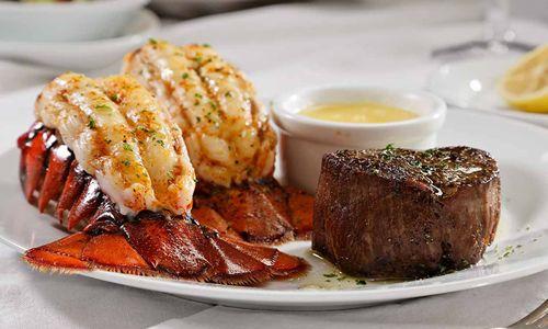 https://i0.wp.com/www.restaurantnews.com/wp-content/uploads/2013/12/Ruths-Chris-Steak-House-Surf-Turf.jpg