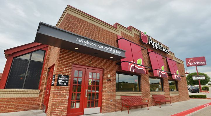 Applebee's in Texas Offer Margaritas for a Buck -