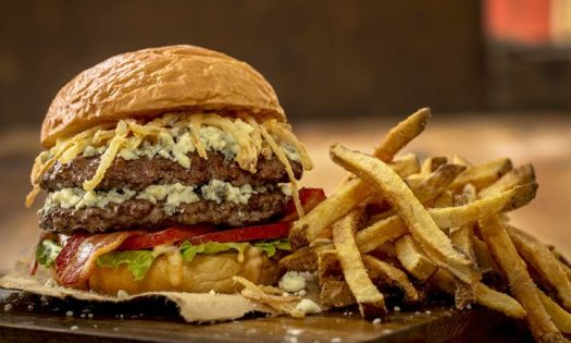 MOOYAH Brings Wicked Delicious Burgers to Boston: Better Burger Brand Continues East Coast Growth