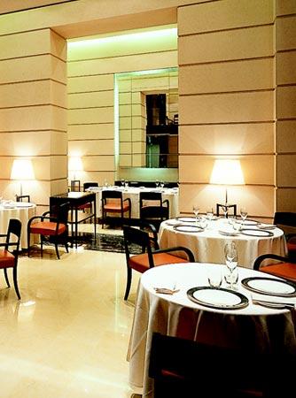 Information about CRACCO RISTORANTE  The Fusion restaurant in Milano  Italy Restaurants ref