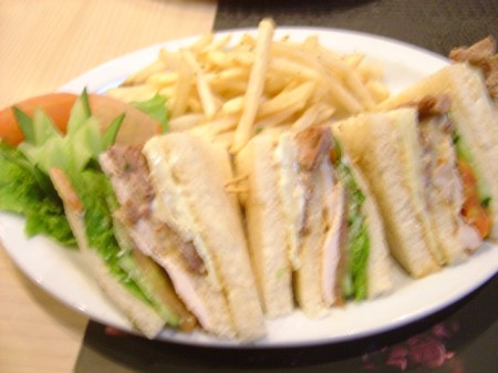 Studio Club Sandwich- Studio Cafe