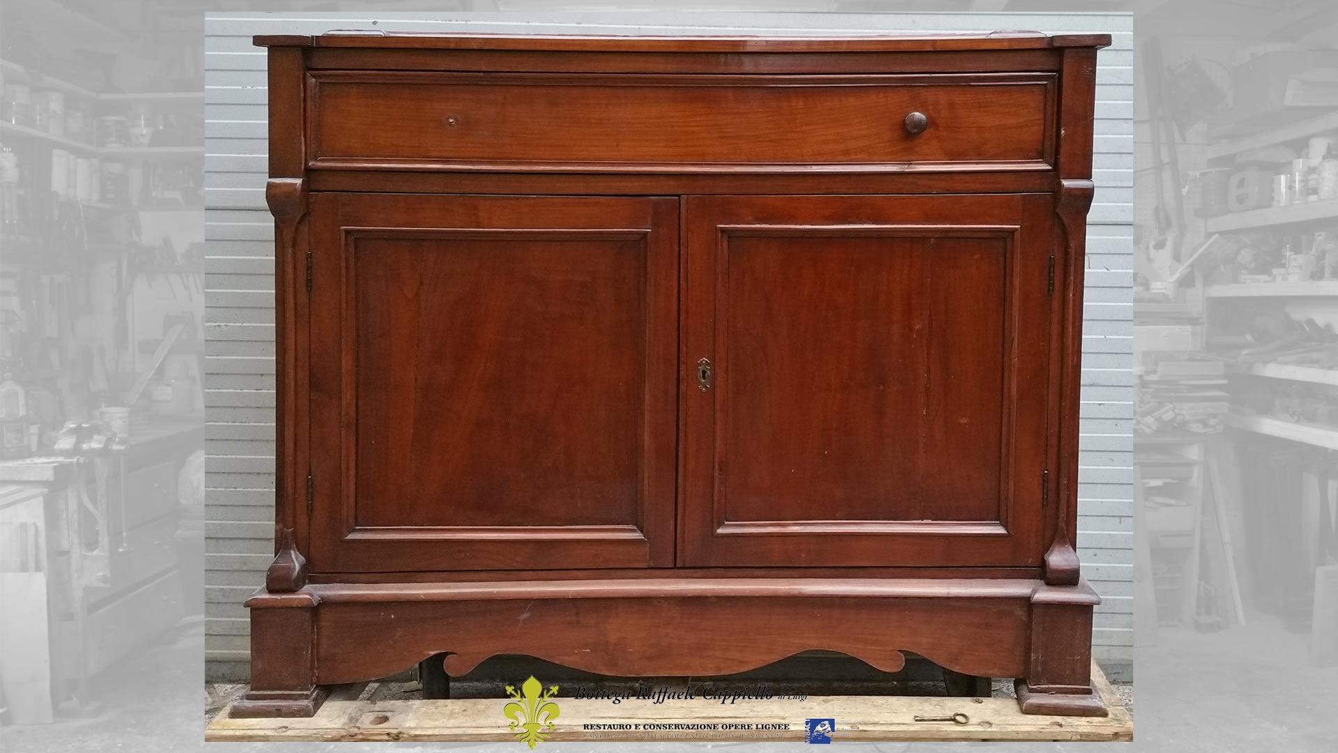 Comò Antichi Del 800 restauro mobili antichi - una credenza ottocentesca