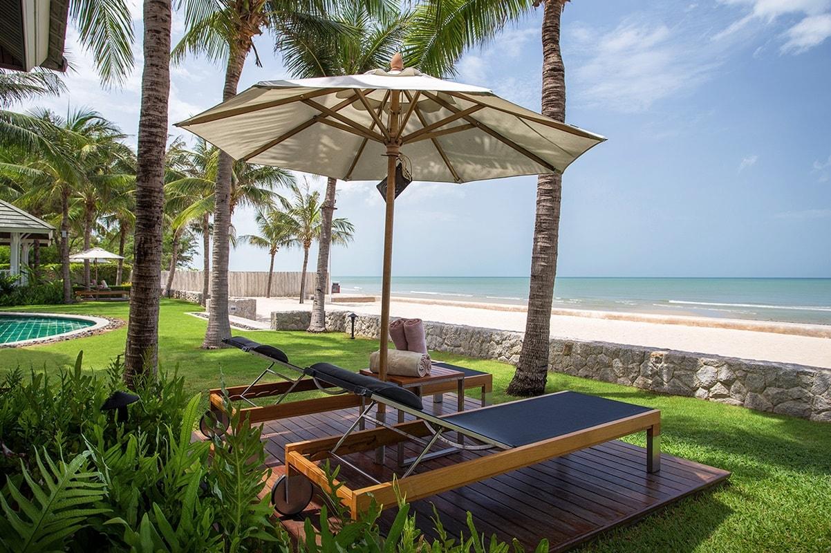 beach village rest detail hotel. Black Bedroom Furniture Sets. Home Design Ideas