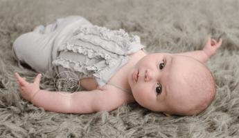 Ryla-baby-3-month-milestone-grey-flokati-sari-silk-tieback-blue-rose-flower-diy-ruffle-romper-buttons-skinny-crop