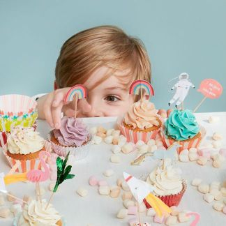 Childrens tableware & party