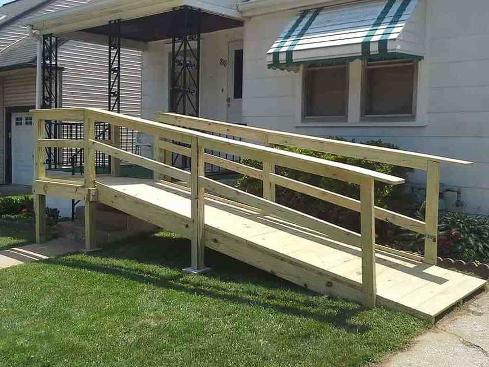 wheelchair-ramp-front-of-home