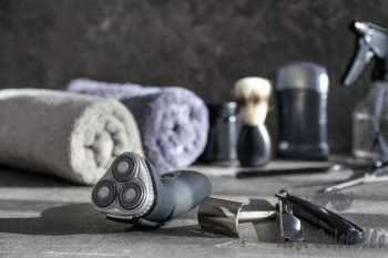 shaving accessories on table - electric shaver s and pictures How To Maintain Your Trimmers