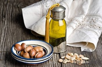 argan oil and fruit - argan oil s and pictures How To Use Argan oil?