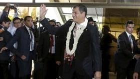Ecuador's President Rafael Correa waves before meeting with his Bolivian counterpart Evo Morales in Tiquipaya, Bolivia, Oct. 12, 2015. | Photo: REUTERS/David Mercado