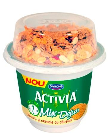 Activia Mic Dejun-Biscuiti cu Cereale si capsuni