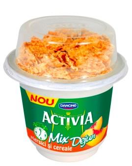 Activia Mix Dejun-Piersici si cereale