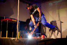 Daniel Instalatorul la lansarea lanternei indestructibile VARTA