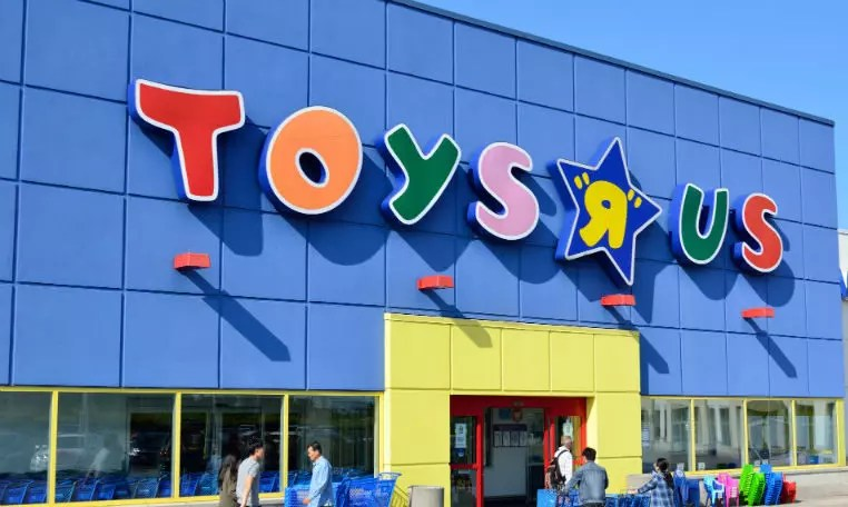 Amazon In Talks To Buy Toys