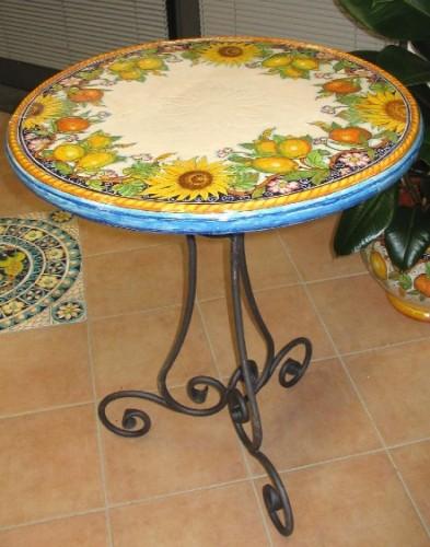Tavoli in ceramica tondi  Campi Bisenzio