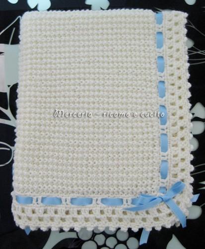 Copertina beb lavorata in lana per neonato  Grottaglie