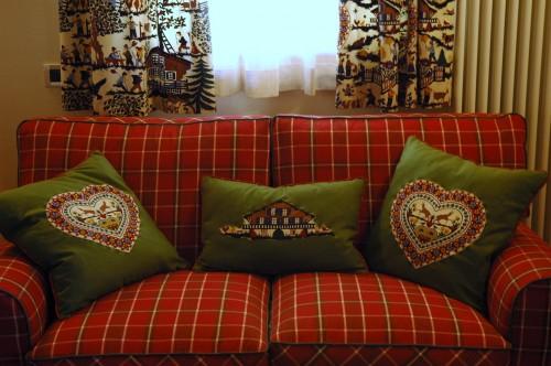 DIMORE tessuti darredamento divani e tendaggi su misura