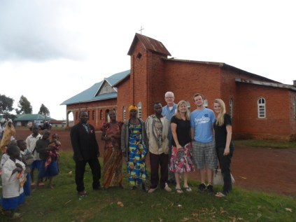 The Kwandroma church building in the background has been expanded to fit more people.