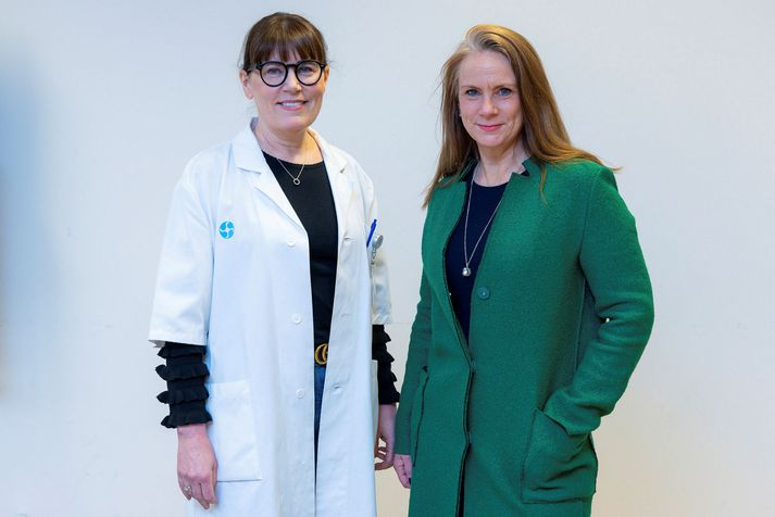 The RetinaRisk team with CEO Ms. Jonsdottir on the right