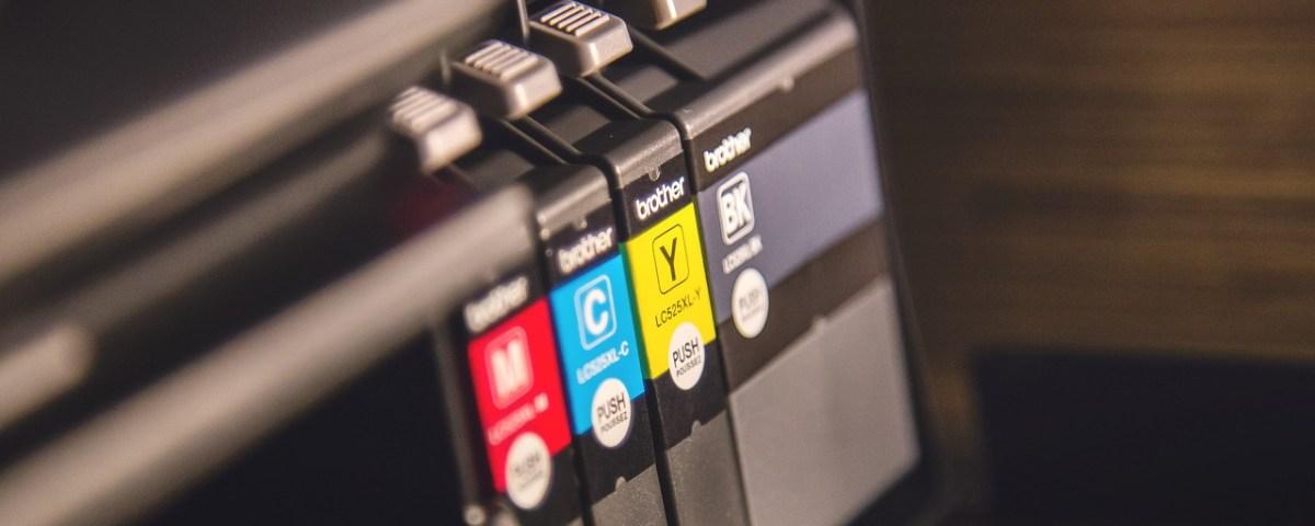 archivos en una imprenta antes de imprimir