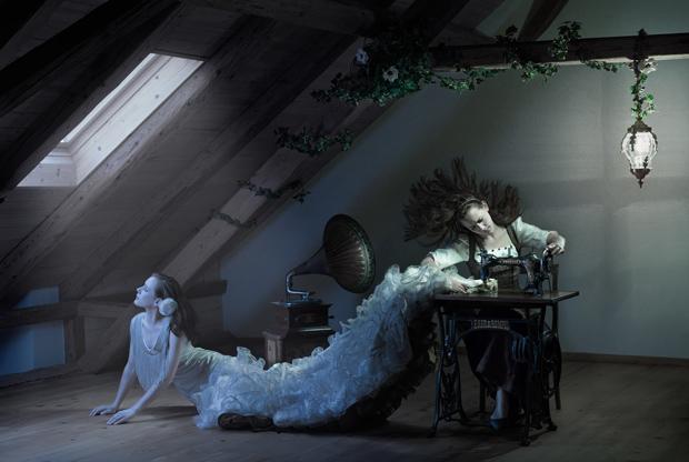 1-retouching-academy-John-flury-seamstress