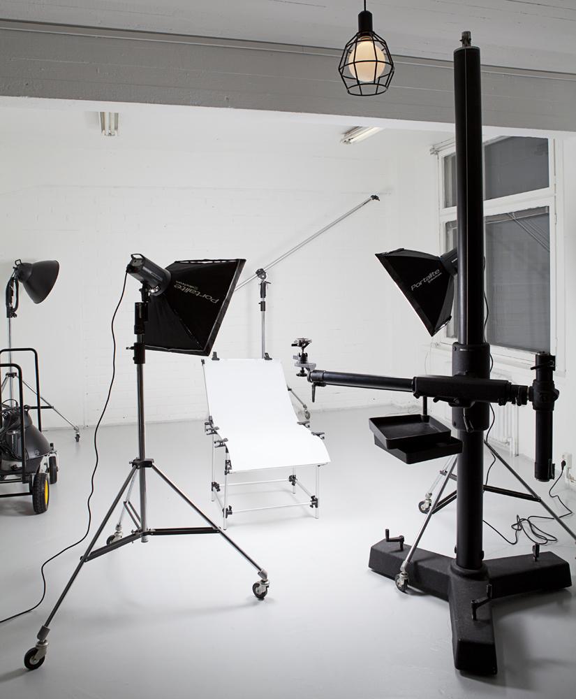 3-retouching-academy-product-lighting-and-retouching-product_setup