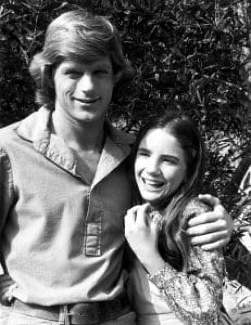 Dean Butler and Melissa Gilbert in Little House on the Prairie