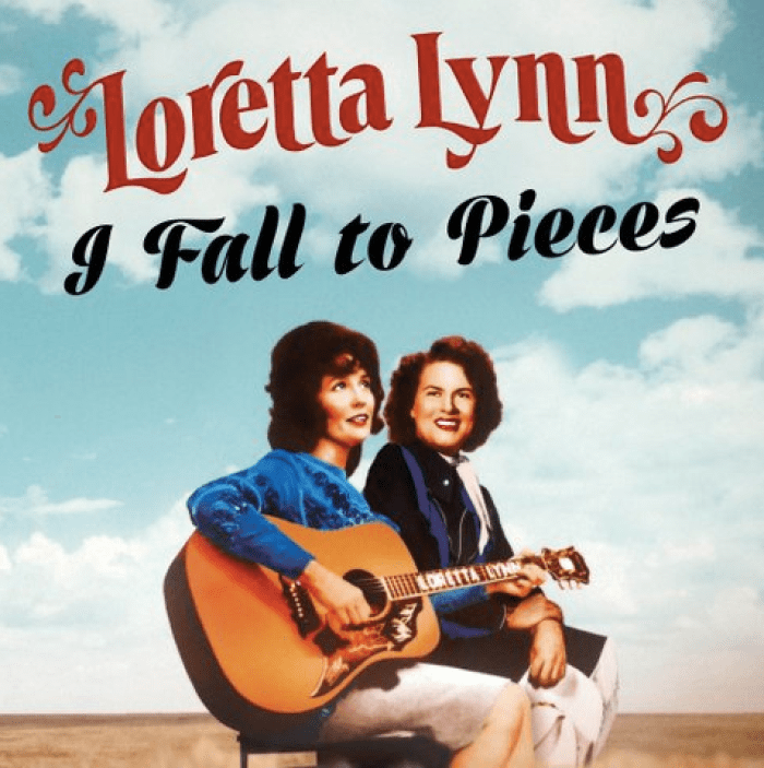 loretta lynn releases recording of patsy cline i fall to pieces