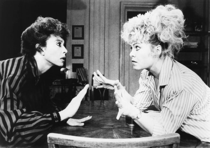 rita-moreno-and-sally-struthers-in-the-odd-couple