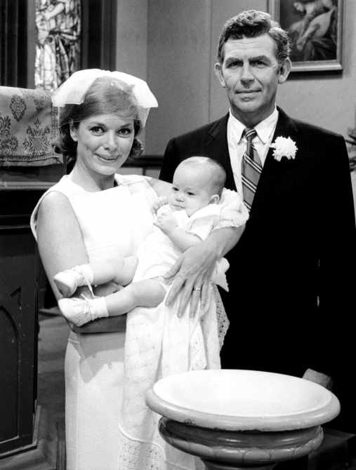 MAYBERRY R.F.D., Aneta Corsaut, Andy Griffith, 'Andy's Baby'