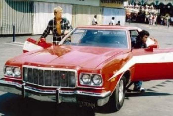 Starsky & Hutch with their car of choice, a Ford Gran Torino