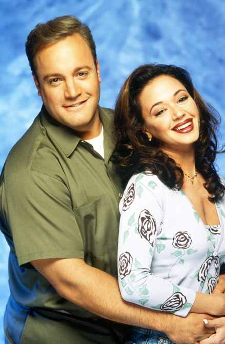 THE KING OF QUEENS Kevin James, Leah Remini