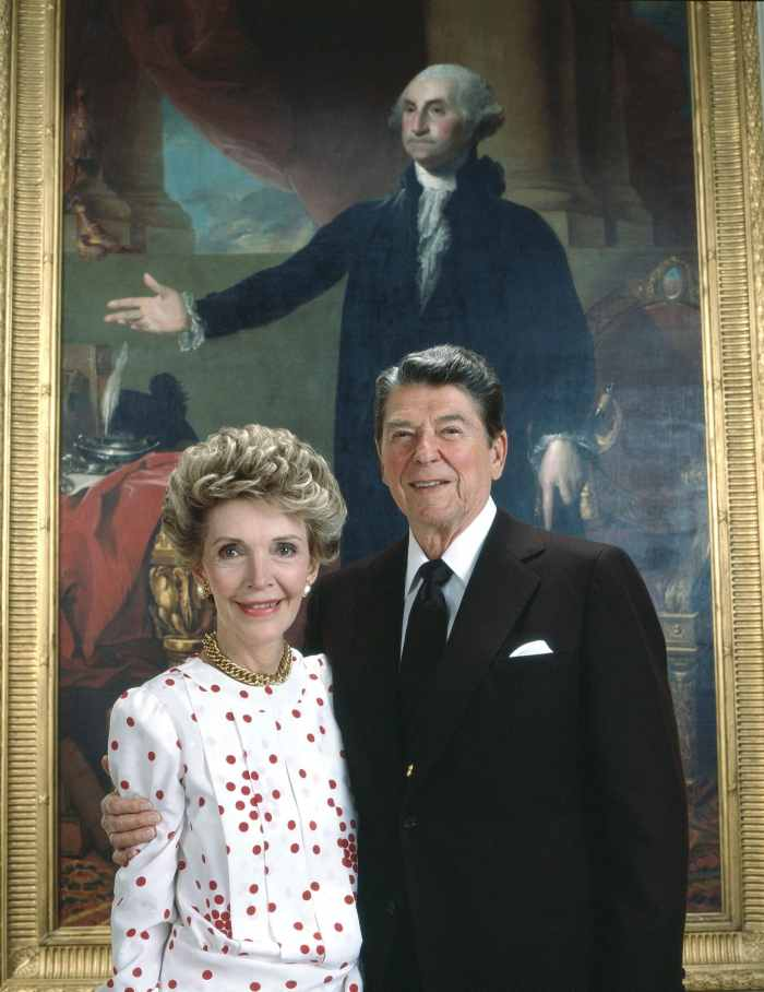 U.S. President Ronald Reagan (right), with First Lady Nancy Reagan, 1986