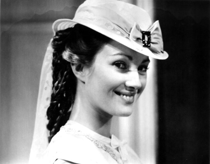 jane-seymour-our-mutual-friend