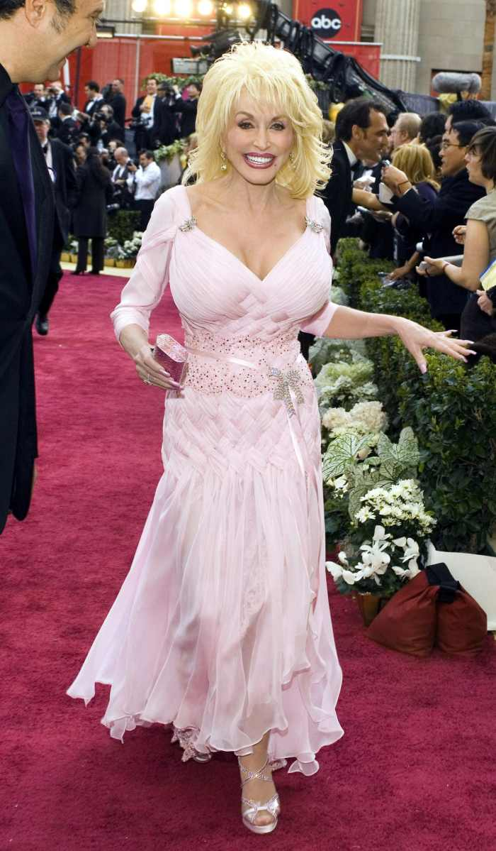 dolly parton red carpet
