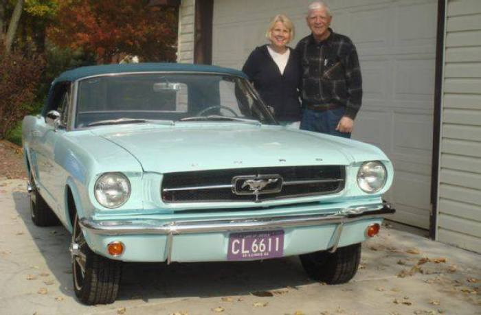 gail and tom wise mustang