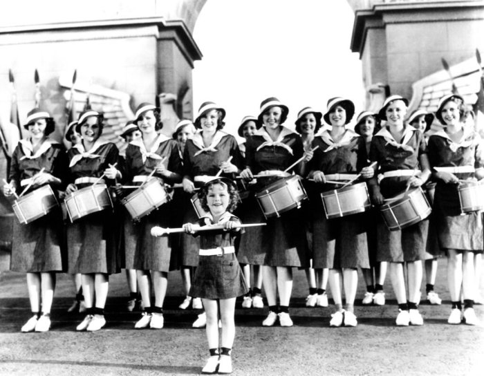 shirley-temple-stand-up-and-cheer