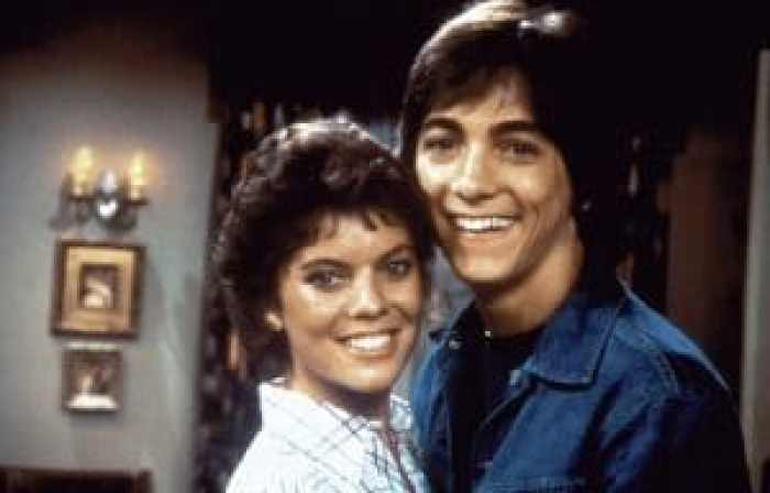 Erin Moran and Scott Baio as Joanie Cunningham and Chachi