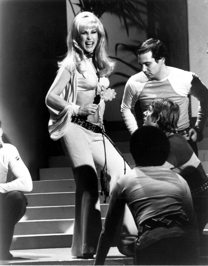 barbara-eden-in-changing-scene-tv-special