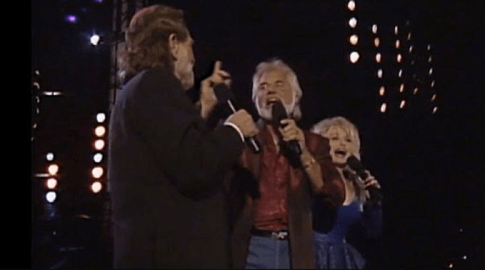 """Kenny Rogers, Dolly Parton, Willie Nelson perform """"Lean On Me"""""""