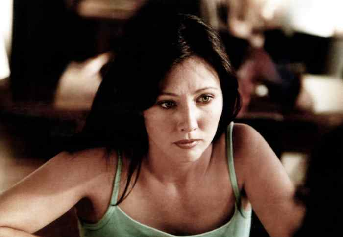 SATAN'S SCHOOL FOR GIRLS, Shannen Doherty, aired March 13, 2000