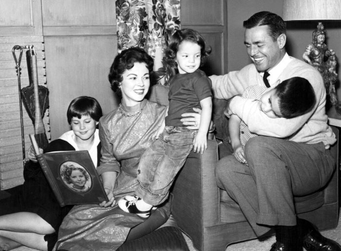 shirley-temple-and-family