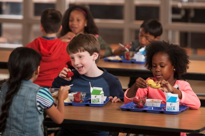 california new law to ensure every child has a lunch