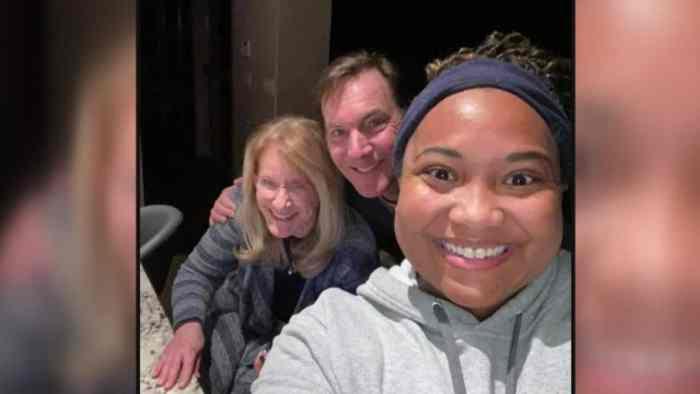 Strangers Take In Delivery Driver After She Was Stranded In Texas Snowstorm